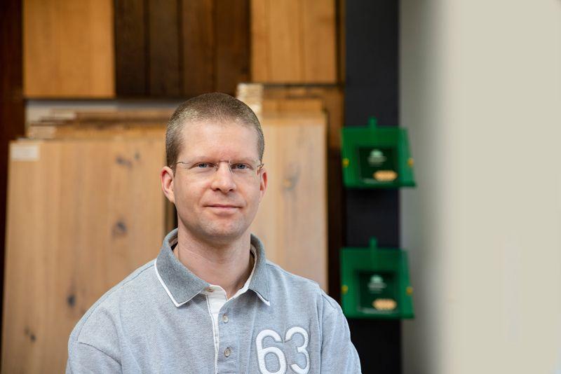 Lars Dangschat ist Parkettleger bei Parkett Dangschat